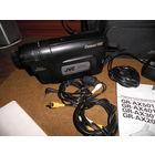 Видеокамера JVC модели GR-AX201A производства JAPAN