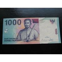 ИНДОНЕЗИЯ 10000 РУПИЙ 2000 ГОД UNC