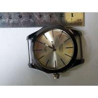 Часы кварцевые 8