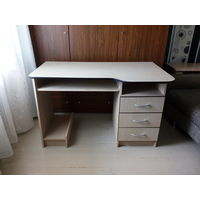 Стол для компьютера 'Формат' П010.01