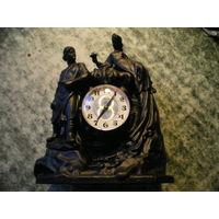 """Часы """"Молния"""" в подчаснике """"Хозяйка медной горы""""."""