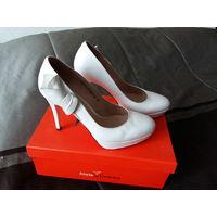 Туфли свадебные , размер - 38-39