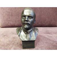 Бюст Ленин, скульптор Геворкян, силумин, высота 14 см.