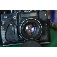 Фотоаппарат Зенит 11   (ШТОРКИ на ВСЕХ ВЫДЕРЖКАХ срабатывают отлично )