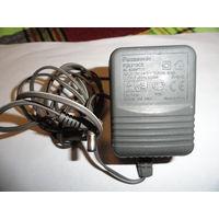 Блок питания радиотелефонам Panasonic 220 на 6V 500 ma Цена: 5 руб.