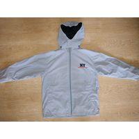 Куртка ветровка для мальчика на хлопковой подкладке на рост 128