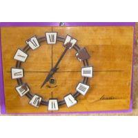 Часы настенные советские(не рабочие).