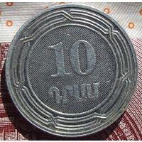 10 драм 2004