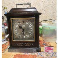 Японские винтажные часы в деревянном корпусе, механика с будильником. Vintage Wood Rhythm Mantel Clock