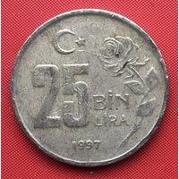 76-28 Турция, 25000 лир 1997 г.