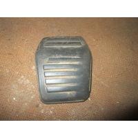 Лот 257. Накладка на педаль сцепления и тормоза Ford Escort 1990-1995 г.в. Старт с 1 рубля!