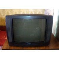 """ЭЛТ-телевизор 28"""" (70 см) Philips 28PT7104 (требует ремонта). Кинескоп исправен. При включении мигает лампочка."""