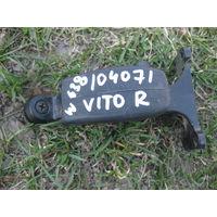 104071Щ Mercedes Vito W638 механизм открытия стекла кузовного правого