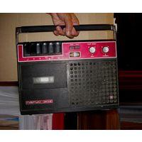Магнитофон кассетный Парус 302 Олимпийский 1979 Ретро СССР советский Винтаж