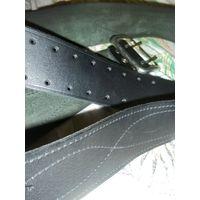 Ремень кожаный широкий, общая длина 135см, ширина 5 см, состояние хорошее на фото видно