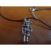 Кулон Вечная любовь на кожаном шнурке (можно на цепочке)