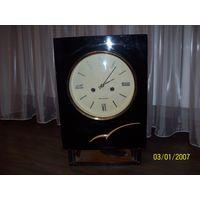 Настенные часы Янтарь.