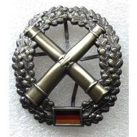 Бундесвер. Знак артиллерийских подразделений. 50 / 45 мм