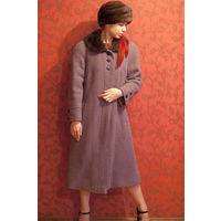 Зимнее пальто с воротником из меха норки, р-р 48-50