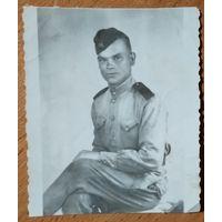 Фото солдата. 6х7 см.