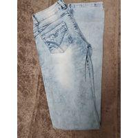 Светлые женские прямые джинсы 25 размер