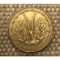 Западная Африка, 5 франков 1984