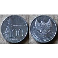 Индонезия 100 рупий 2005 г.