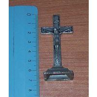Крест настольный католический .тяжелый металл.Польша до 1939 года