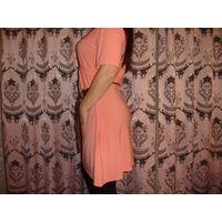 Платье кораллового цвета 46-48