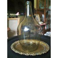 Бутылка 19 в., не менее 3-х литров, бутыль винная, зелёноватого цвета, без сколов и трещин