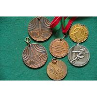 Медали спортивные 6 шт .