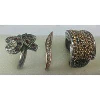 3 разных колечека бижутерия .цена за  Одно кольцо
