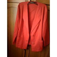 Яркий пиджак,50-52 р.