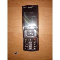 Телефон (не работает микрофон) комплект зарядка,наушники,зарядка