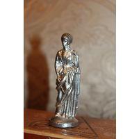 """Оловянная фигурка-статуэтка """"Девушка"""", высота 9.5 см."""