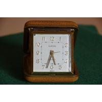 Часы Дорожные с будильником  Германия ( все работает )
