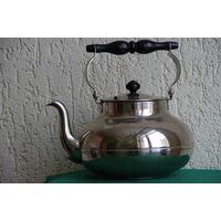 Чайник  ЗИШ , рабочий объем 2,5 л