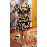 Платье с надписями 46-48р
