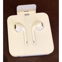 Наушники Apple EarPods с разъемом Lightning