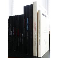 """Книги серии """"Критическая библиотека"""". Комплект из 14 книг. Цена за 1 том. Продаётся только комплектом!"""