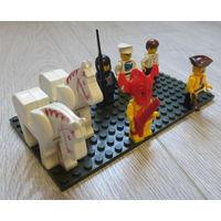 Лего. Brick. Cobi и др...человечки, лошади...