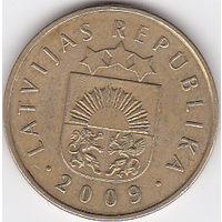 Латвия. 20 сантимов. 2009г. (85)