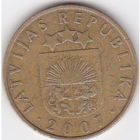 Латвия. 20 сантимов. 2007г. (84)