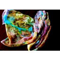 Тончайший  шарф из натурального шелка. Батик.Ручная работа (50 х 150 см)