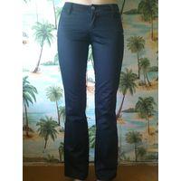 Черные брюки р. 40-42