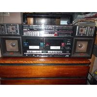 Винтажная магнитола JVC PC-W330 1985 год