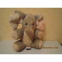 Плюшевый слоненок (голова солома или опилки, остальное вата)