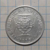 Мозамбик 5 эскудо 1935г серебро.
