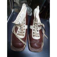 Ботинки лыжные Botas времен СССР, 25 см по стельке.
