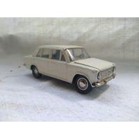 С 1 рубля ! ВАЗ-2101, номерная А9. Состояние на фото.
